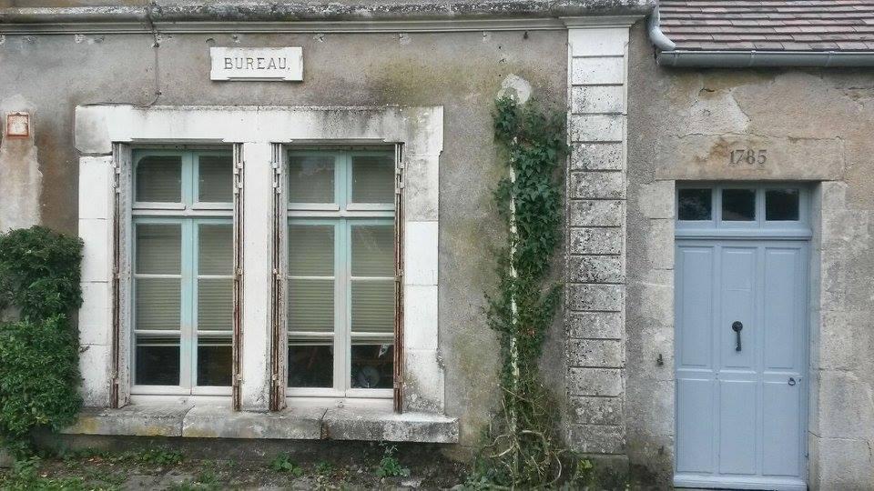Bureau des ingénieurs à Baye